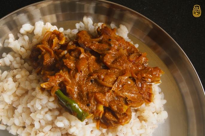Web 3 Ulli Theeyal Kerala Style Recipe